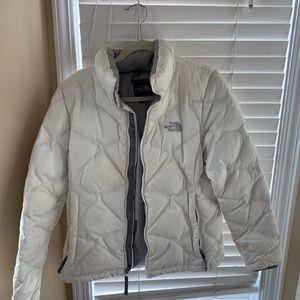 White Medium Puffy North Face Jacket